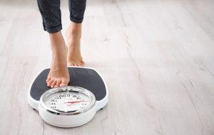 raskt ned i vekt demonstrert av vekt